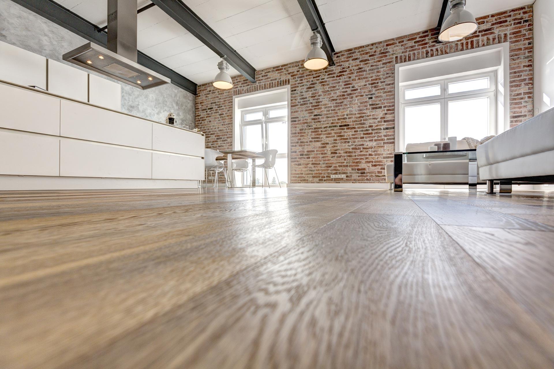 au ergew hnliche citylofts in ehemaliger druckerei in. Black Bedroom Furniture Sets. Home Design Ideas