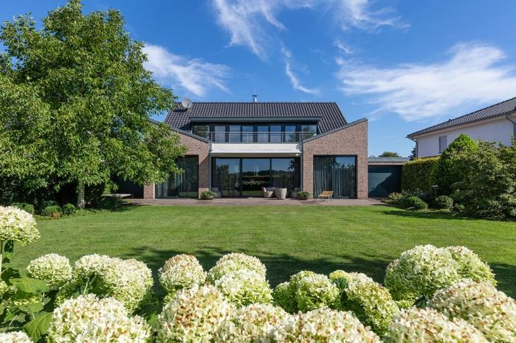 Haus mieten in Krefeld Häuser von Schreurs Immobilien
