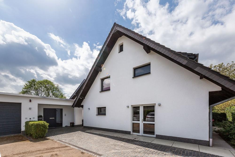 Zwei Einfamilienhäuser, ein Traumgrundstück in Traar! Platz und Raum ...